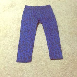 3/$15 girls Blue leopard leggings